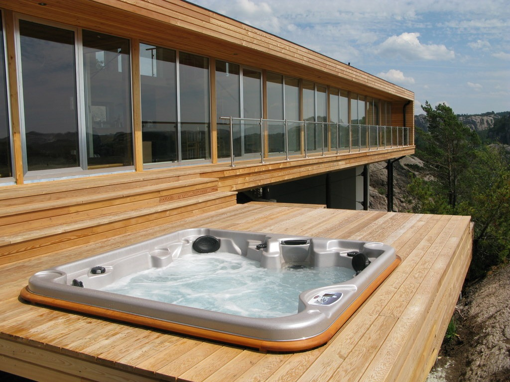 arctic spas hot tub external deck